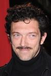 081128-moustache-boysaspx_ss_image_14vincentcassel